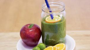 Como fazer o suco verde para desintoxicar