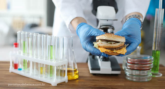 Conservantes e aditivos alimentares que podem ser perigosos para saúde